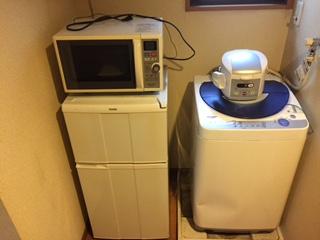 冷蔵庫、洗濯機、電子レンジ、炊飯器